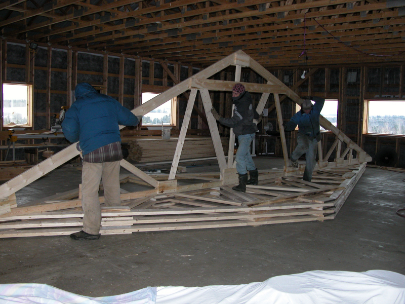 Oct 2008 moving trusses and raising to position0001 small view